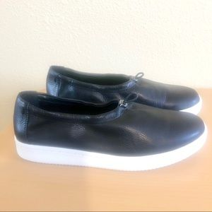 Eileen Fisher Black Leather Slip Ons Size 8